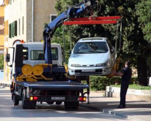 Wenn Sie ein abgemeldetes Auto kaufen, müssen Sie dieses irgendwie transportieren.