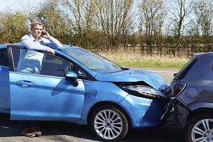 Ein Auto gewinnbringend zu verkaufen, nachdem es einen schwereren Unfall hatte, ist häufig schwierig.
