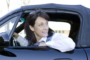 Auto günstig finanzieren: Achten Sie darauf, ob eine 0% Finanzierung angeboten wird.