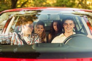 Auto-Leasing: Im Vergleich zum Autokauf fällt nicht eine große Summe auf einen Schlag an.