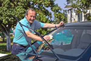 Bevor Sie das Auto privat verkaufen, ist eine gründliche Reinigung sinnvoll.