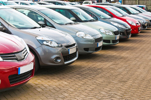 Ein Autokreditvergleich hilft Ihnen, den günstigsten Autokredit zu finden.