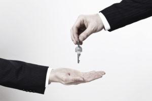 Der Autoverkauf erfolgt in Deutschland oft von privat an privat.