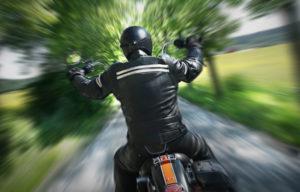 Auch ein Oldtimer-Motorrad können Sie kaufen.