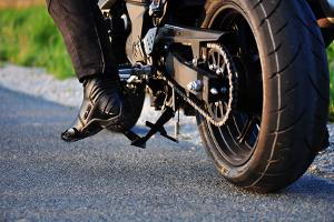 Eine Probefahrt mit dem Motorrad oder Auto sollte vor dem Kauf stets durchgeführt werden.