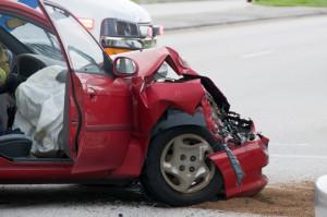 Ein Wertgutachten ist nach einem Unfall mit Totalschaden nötig, um die Summe der Entschädigungszahlung festsetzen zu können.